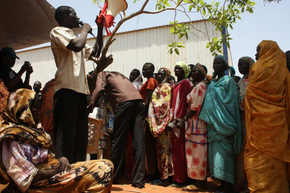 Please allow images for this mail. On this image: FAMINE HITS PARTS OF SOUTH SUDAN, UN WARNS